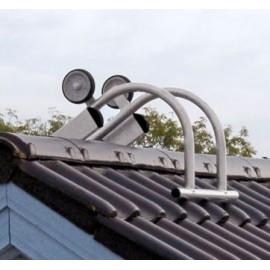 Crochet pour faîtière de toit